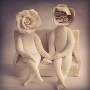 couples sculpture