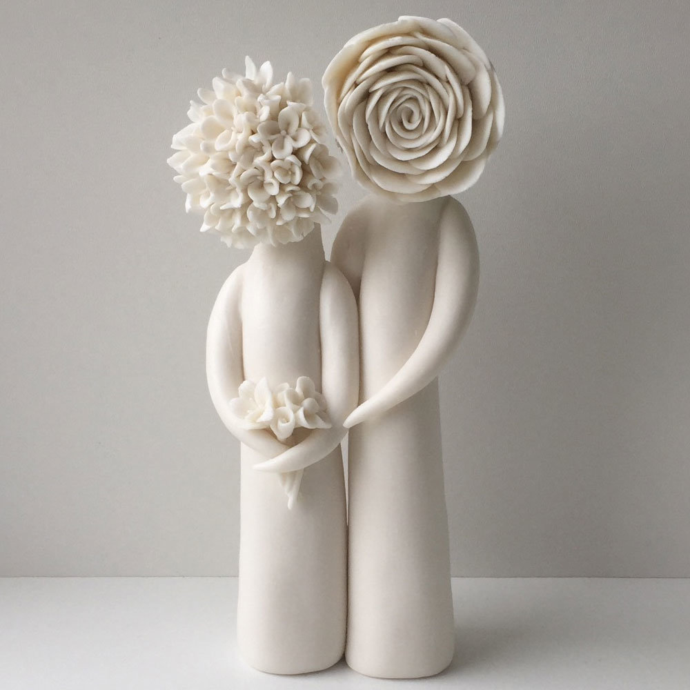 married couple sculpture