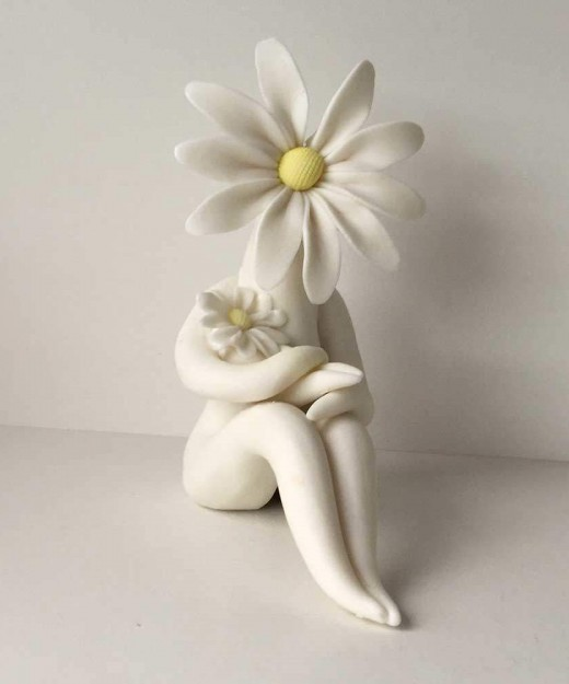 Daisy Mum Flower Sculpture