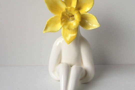 Little Miss Daff Flower Sculpture2