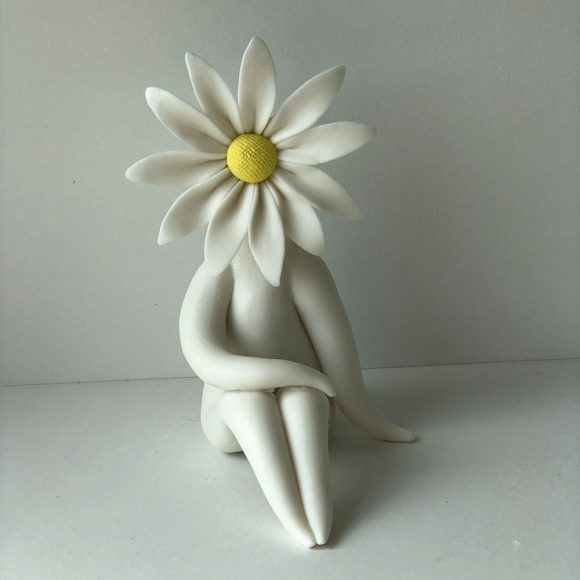 daisy lady sculpture