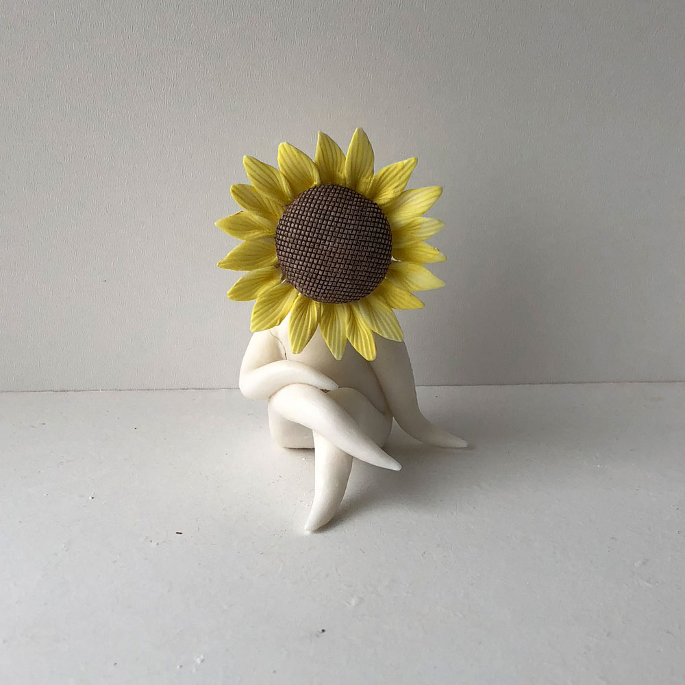 Mini Sunflower Lady