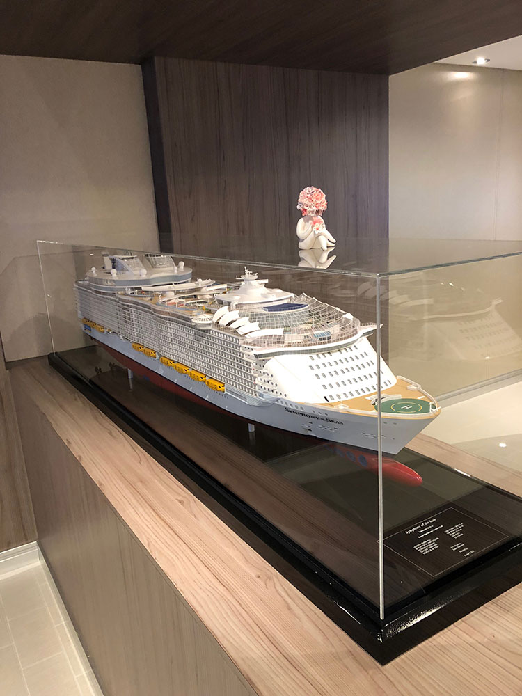 Heidi on model of ship symphony of the seas